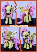 Custom Pony: FlutterBat by HeyLookASign
