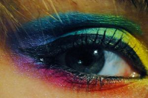 Rainbow eyeshadow by ShearGothic