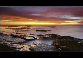 Bilgola Stillness by timbodon
