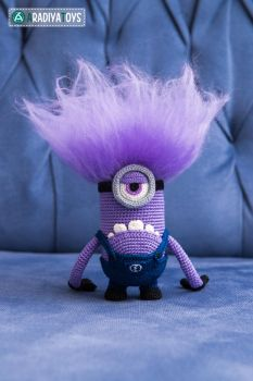 Evil Minion from 'Despicable Me', amigurumi toy by AradiyaToys