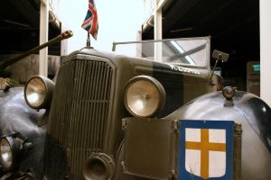 montys HUMBER staff car by Sceptre63