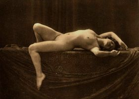 artistic nude 6 by cAnDiEsFoReVeRyOnE