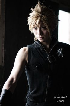Cloud Strife by hexlord