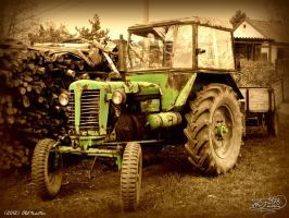 Old Tractor by PaSt1978