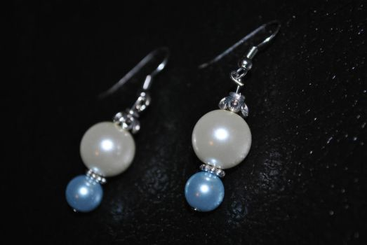 Glass Pearl Earrings 1 by zypher052