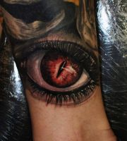 Realistic eye by Ivan by HammersmithTattoo