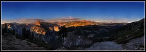 Sunstruck - Yosemite Valey II by fr1gidity