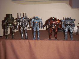Pacific Rim Jeager figures by BrigadierDarman
