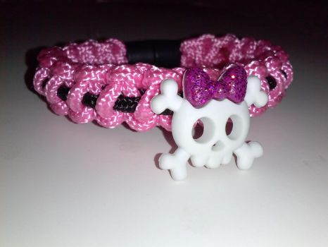 Pink Cute Skull Bracelet by Shvide