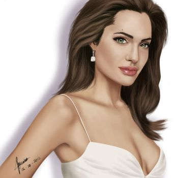 angelina jolie by shoofy29