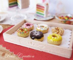 12th scale donut tray 1 by PetiteCreation