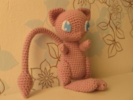 Mew, with link to pattern by Yuki87