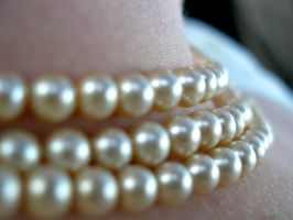 Pearls by MeganA0001