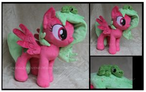 Commission:  Dew Drop custom OC plush by Nazegoreng