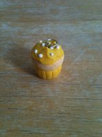 Yellow polymer clay cupcake by FullmetalDemigod