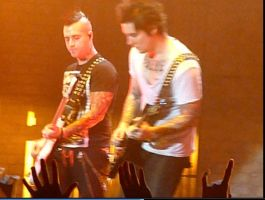 syn n johny a7x oct 28 2010 by Robertdowneyjrfan
