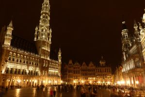 Brussels - Grand Place by PhilsPictures
