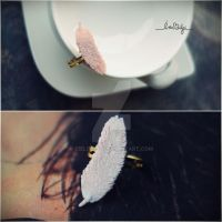 feather ring by Cielodise