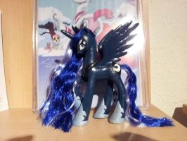 Luna the Secound - custom made by CelestPapermoon