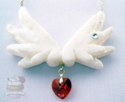 Sweet double winged necklace by ilikeshiniesfakery
