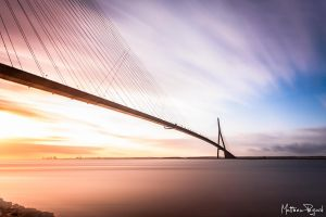Pont de Normandie - 2 by Makavelie