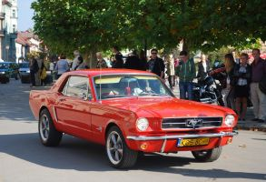 Orange Mustang by quapouchy-moto