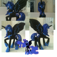 Custom Nightmare Moon figure! by FireflyLC