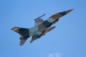 General Dynamics F-16C Fighting Falcon by AnthonyC12