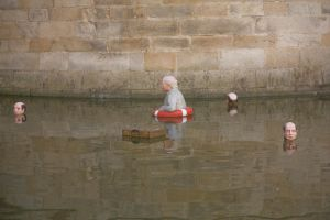 Installation d'Isaac Cordal 07 by Jules171