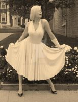 Seven Year Itch by ToxicChick