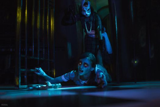 Bioshock cosplay: Little Sister and Splicer (7) by MissTaffy