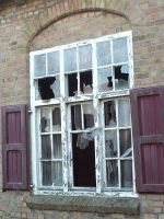 2009-Broken window4 by AzurylipfesStock