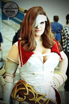 Beatrix from Final Fantasy 9 Cosplay at FanimeCon by snappified