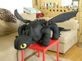 Toothless stuffed toy by niedobrypiesek