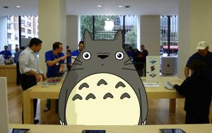 Totoro at the Apple store by LindsayCookie