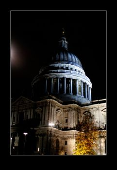 St Paul's in Night mood by AurianMoonriver