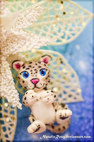 Snow Leopard (magnet) by NatalieRoug