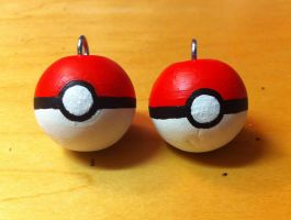 Pokeball Necklaces by ChibiStarChan