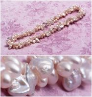 Freshwater Keshi and Rice Pearl Twist Necklace by Sarahorsomeone