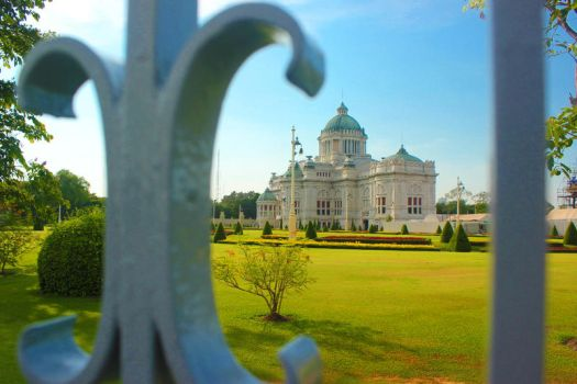 Dusit Throne Hall by itrenorez