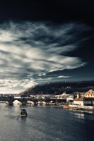 towards Charles Bridge by neronin