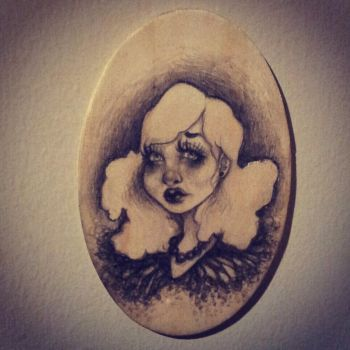 .cameo lover. by oO-violetta-Oo
