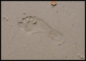 Footprint by ChaoticatCreations