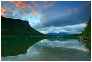 Rattlesnake Lake by Raymaker