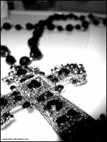 Crucifix necklace. by xsaturatex