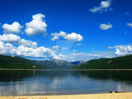 Sunny Day on Turquoise Lake by Sing-Down-The-Moon
