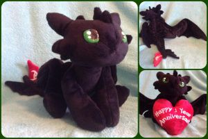 FOR SALE: Limited Toothless Plush with Heart by ThePinkPoudo