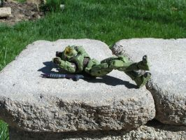 Sun Bathing Master Chief by TakeOneFortheTeam