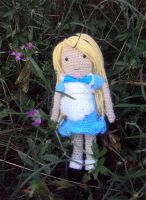 Alice in Wonderland (Amigurumi) by SuspiciousTeacup