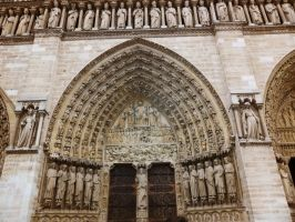 The Eyes of Notre Dame by RoyalMockery